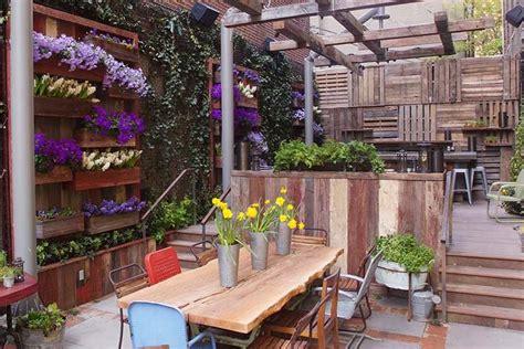 tatulas garden restaurant  groundswell design group
