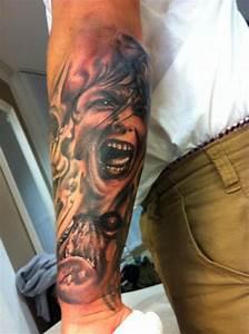 Tattoos Männer Unterarm : steve81 unterarm tattoo black grey tattoos von tattoo ~ Frokenaadalensverden.com Haus und Dekorationen