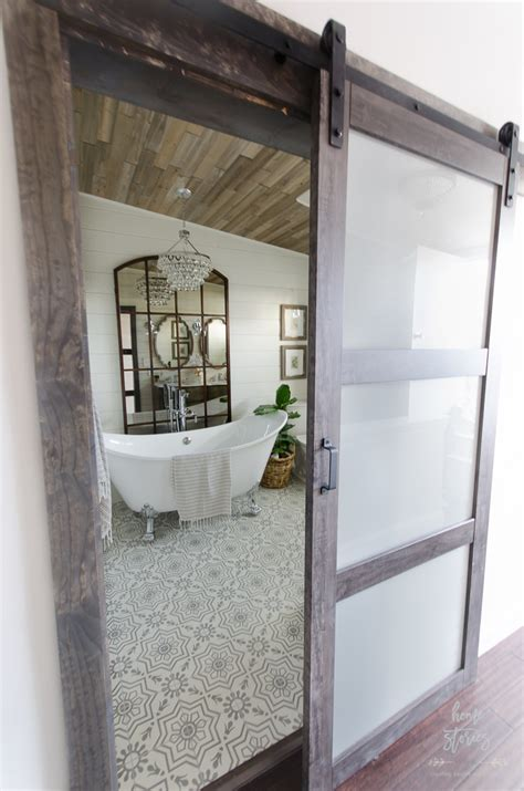 Modern Bathroom Door Ideas by Eleven Stunning Bathroom Transformations From Thrifty
