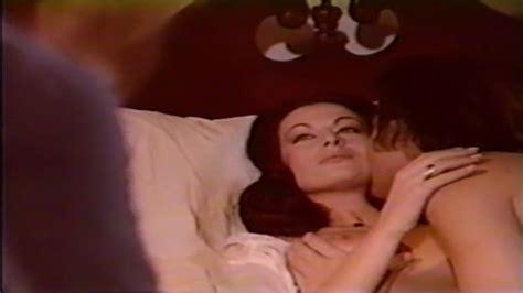 Elizabeth Teissier Nude Pics Seite 1