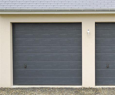 porte de garage sectionnelle portes de garage sectionnelles plafond b plast