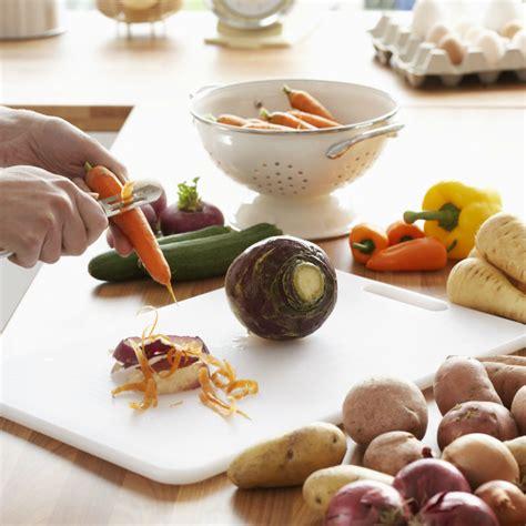 fruits et l 233 gumes ce qu on jette et qu on devrait pourtant tester en cuisine cuisine