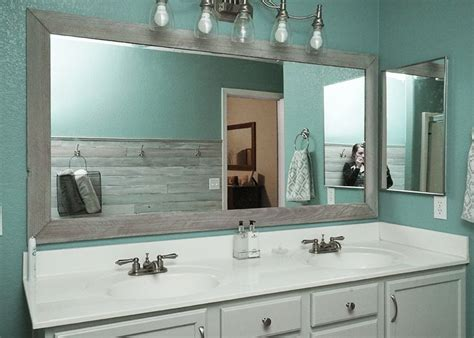 Bathroom Mirror Frame Ideas by 25 Best Ideas About Diy Bathroom Mirrors On
