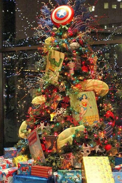 pinos de navidad mujer maravilla decoracion de
