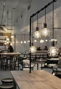 Bar Style Industriel : le lustre industriel une inspiration d pareill e ~ Teatrodelosmanantiales.com Idées de Décoration