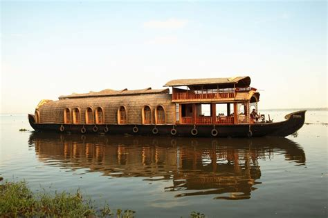 Kerala Boat House Cheap Rates by Kumarakom Houseboat Luxury Cheap Houseboat Packages