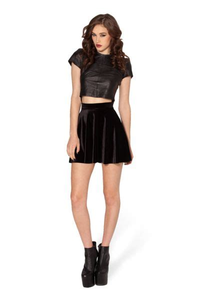 1000+ ideas about Black Skater Skirts on Pinterest   Black skater skirt outfit Skater skirt ...