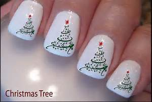 Easy christmas tree nail art designs ideas
