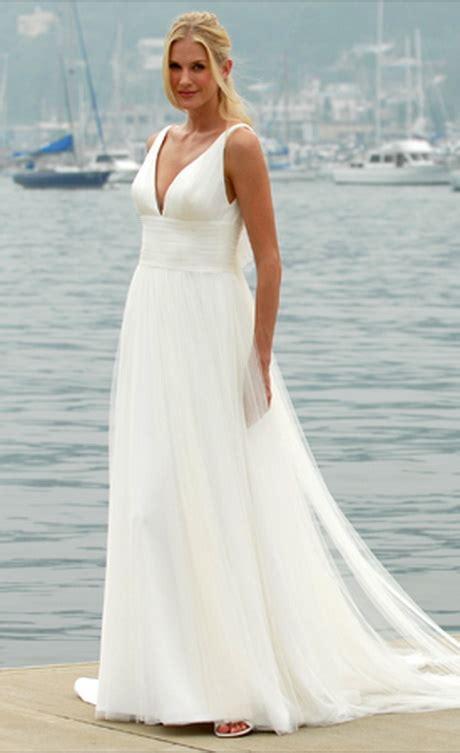 simple wedding dress  beach wedding