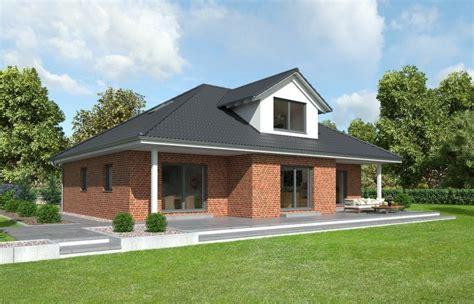 Bungalow Mit Dachgeschoss by Fertighaus Bungalow Mayenne Mit Ausgebautem Dachgeschoss