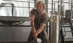 Chris Hemsworth Workout For Thor: The Dark World | Workout Ace