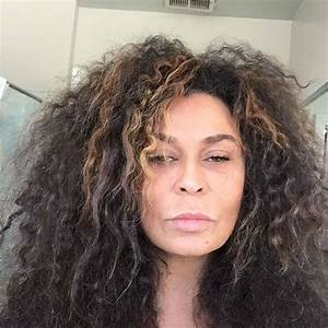 Tina Knowles Lawson Pulls a Beyoncé and Snaps an ...