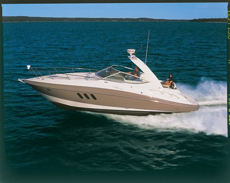 Boat Technical Definition by Research Cruisers Yachts 330 Express On Iboats