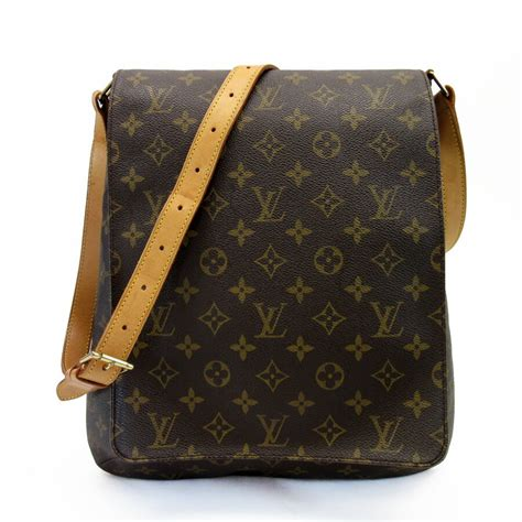 auth louis vuitton monogram musette crossbody shoulder bag