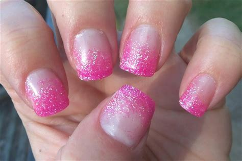 stylish glitter gradient nail art ideas