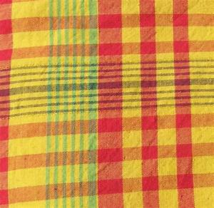 Serviette De Table En Tissu : comment fabriquer des serviettes de table en tissu ~ Teatrodelosmanantiales.com Idées de Décoration