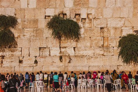 visit israels western wall  complete guide