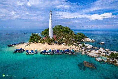 keunikan wisata pantai  belitung