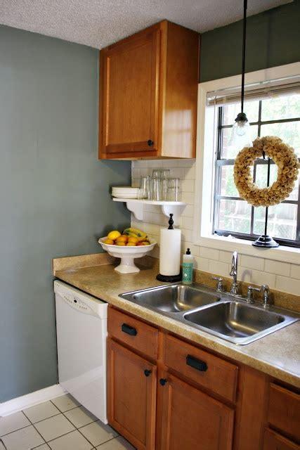 love blue wall paint  oak cabinetsif youre