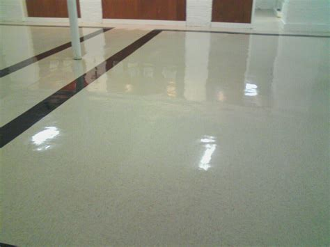 floor stripping and wax chicagoland