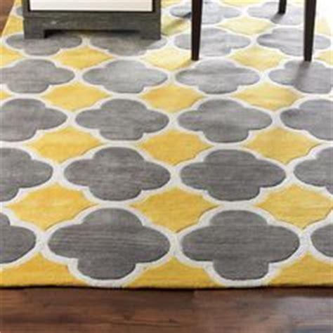 Chevron Rug Target by 1000 Ideas About Quatrefoil Pattern On Pinterest Round