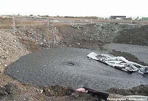 une eruption de petrole a cebazat puy de dome planet terre With les decoratives brut de terre