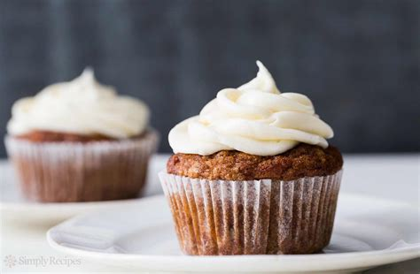 apple carrot cupcake recipe simplyrecipescom