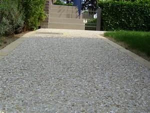 Gravier A Beton : une all e de garage en b ton d sactiv pav en gravier ~ Premium-room.com Idées de Décoration