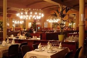 File:Barcelona-Restaurant-Flo jpg - Wikimedia Commons