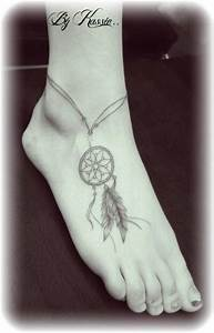 Tatouage Attrape Reve Signification : tatouage femme attrape reve tatouage attrape r ve une motion grav e l encre sur le corps et ~ Melissatoandfro.com Idées de Décoration