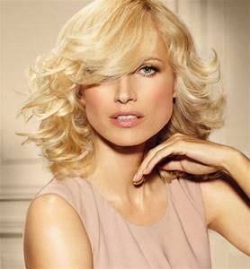 Coiffure Cheveux Courts Bouclés : brushing cheveux court ~ Melissatoandfro.com Idées de Décoration