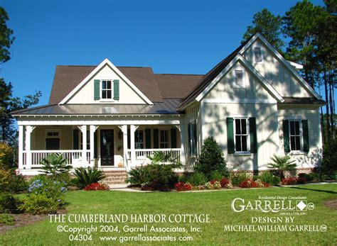 The Cumberland Harbor Cottage House Plan 04304 by Garrell