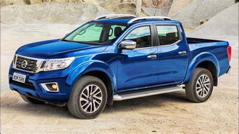 nissan frontier le rugged  maneuverable pickup