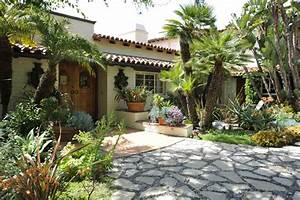 Spanish Garden: Shaping Up Your Summer Dream Home