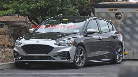 2020 Ford St Rs by 2020 Ford Focus St Spied With No Camouflage Autoblog