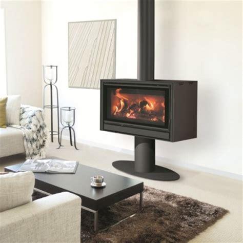 poele à granulés design p 244 ele a bois vitre panoramique po 234 le 224 bois design brisach