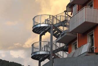 Scale Antincendio Interne by Assicer Gt Scale Interne Moderne Scale Di Sicurezza