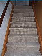Treppe Renovieren Pvc : treppe mit teppichboden belegen verlegen die ~ Markanthonyermac.com Haus und Dekorationen