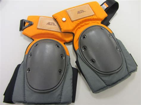 Professional Floor Layer Knee Pads by Quot Kicker Pro Quot Knee Pads