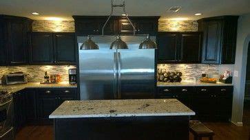 kitchen thomasville customer cabinets glass tile