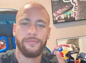 Neymar Forced to Shave Head After Dyeing Hair Neon Pink ...