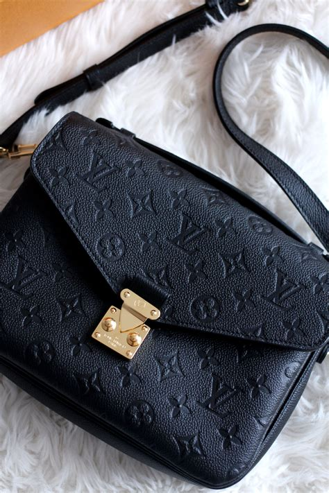 louis vuitton pochette metis  lovecats