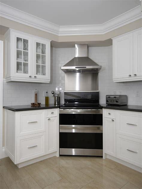 kitchen cabinet moulding ideas 11 best images about cabinet bottom trim ideas on 5602