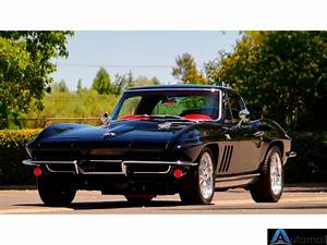 1965 Chevrolet Corvette Coupe 4