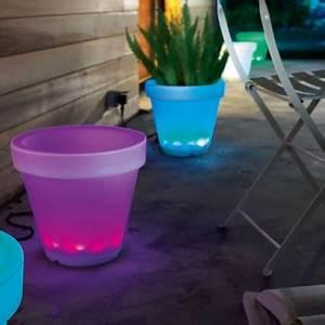 Castorama Pot De Fleur : pots lumineux pour ext rieur couleur al atoire castorama ~ Melissatoandfro.com Idées de Décoration