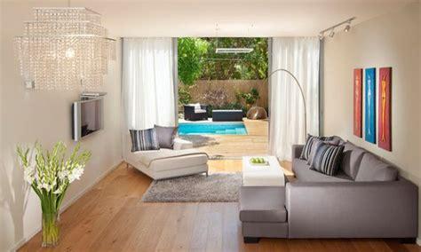 Flower Vase For Living Room by 31 Gorgeous Floor Vase Ideas For A Stylish Modern Home