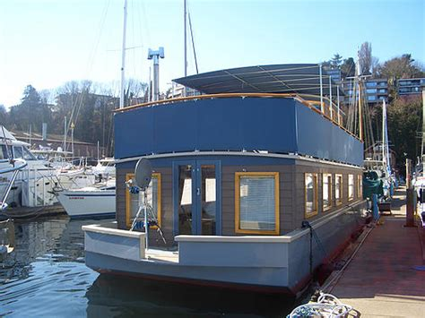 Boat House For Sale Seattle by Bargain Seattle Houseboats Affordable Lake Union Living