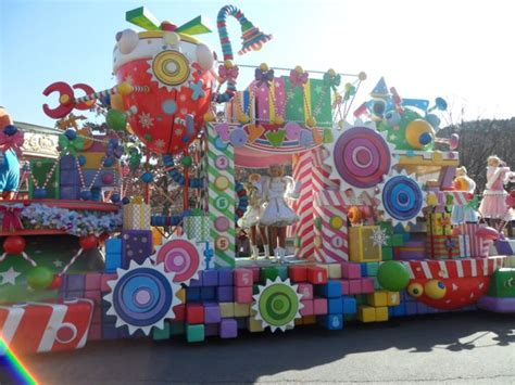 35 Best Images About Christmas Float On Pinterest