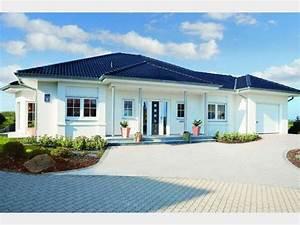 Haus Walmdach Modern : riviera einfamilienhaus von rensch haus gmbh haus xxl modern walmdach erker balkon ~ Indierocktalk.com Haus und Dekorationen