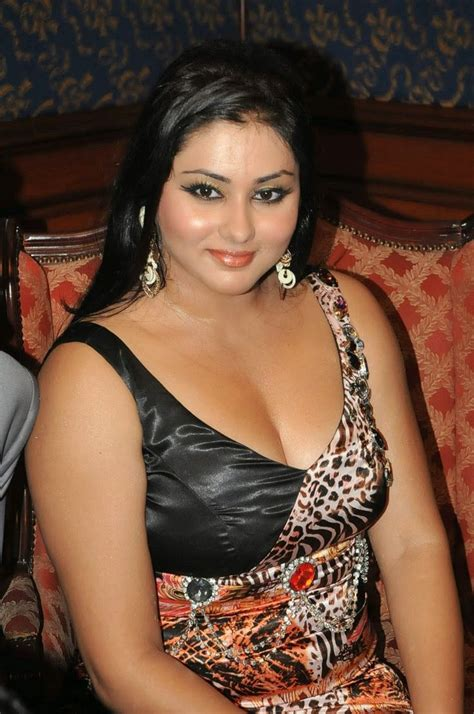 South Indian Actress Hot Pics In Blouse Photos Collections